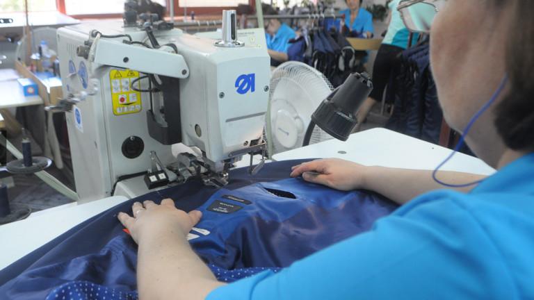 Шивашко предприятие с 900 служители в Плевен спира работа заради COVID-19