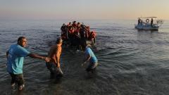 Британските власти задържаха 86 нелегални мигранти