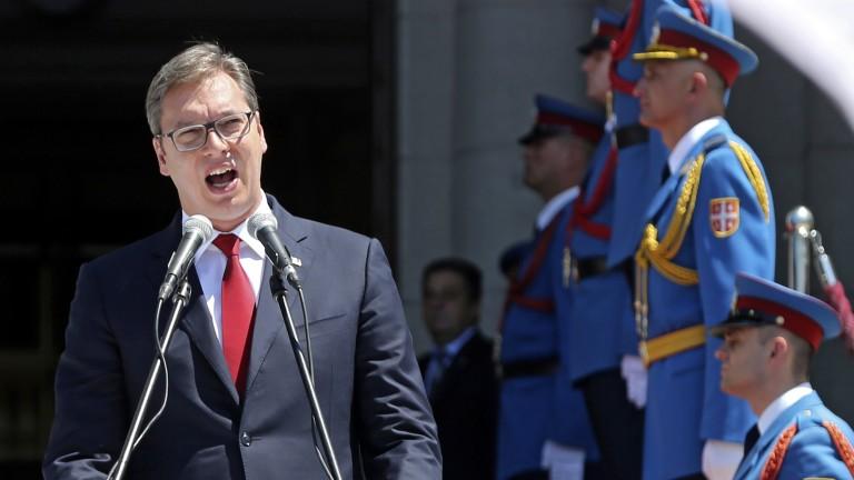 Вучич хвали несравнимата военна мощ на Сърбия в региона
