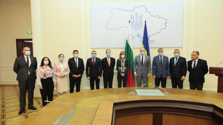 Украинският премиер Денис Шмигал лично пое ангажимент пред вицепремиера Екатерина
