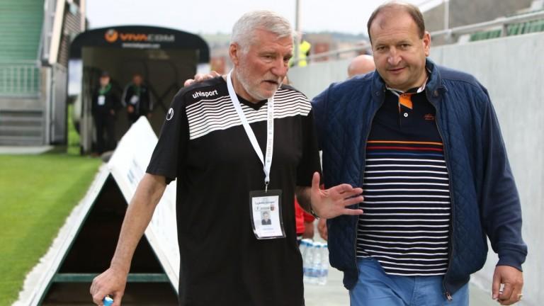 Старши-треньорът на Локомотив (Пловдив) - Войн Войнов очаква тимът на