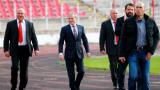 Гриша мотивира футболистите на ЦСКА с пачки
