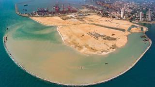 Все повече държави зарязват проекти по китайския