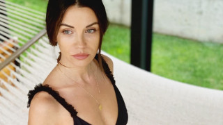 Още секси снимки от ваканцията на Диляна Попова