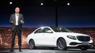 Daimler с амбиция да стане най-големият производител на луксозни коли за 2016 г.