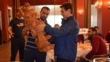 Септември (София) изненада Румен Чандъров със статуя на Буда