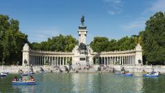 """Испания се """"уплаши"""" от фалита на Thomas Cook. Но сега друг риск може да ѝ коства милиарди"""