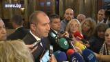 Радев не бърза да подпише указа за Младен Маринов