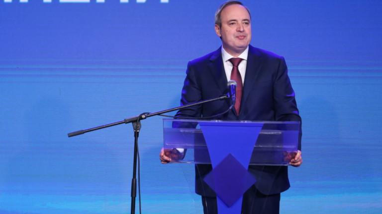 Анастас Герджиков не разбира упрека за подкрепата на ГЕРБ, няма сделка