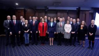 Нинова запозна посланиците на ЕС у нас с обвиненията срещу Йончева