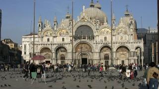 """Наводнението във Венеция е нанесло щети на катедралата """"Сан Марко"""" за $5.5 млн."""