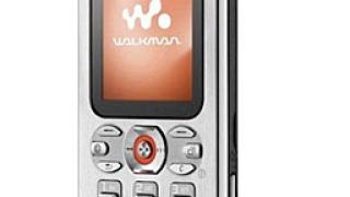 Sony Ericsson представи два нови телефона – W880 и W610