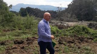 Ревизоро проверява за задгробени пестициди в Червен бряг