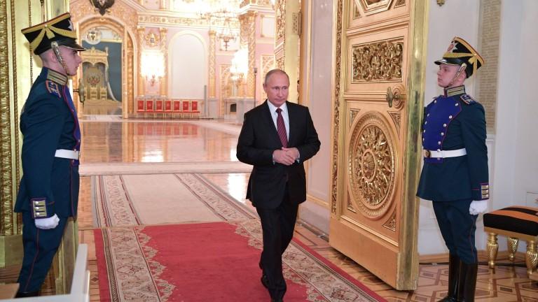 Путин изстреля четири балистични ракети