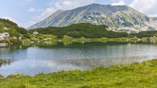 Планински спасители търсиха цяла нощ жени, изгубили се в Пирин