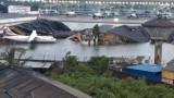 Циклонът Амфан опустоши 14-милионния Калкута в Индия