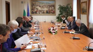 Румен Радев призова за бързи решения за българската енергетика