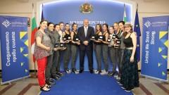 Министър Кралев награди медалистките от Евро 2018