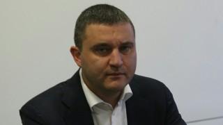 Събирането на ДДС е ежедневна битка за Горанов