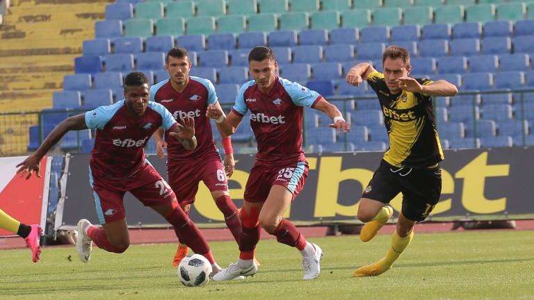 Собственикът на Септември Румен Чандъров обмисля да построи нов стадион