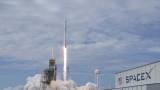 SpaceX обяви план да изпрати първия турист до Луната