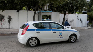 Гръцката полиция погна български камиони заради контрабанда на ментета