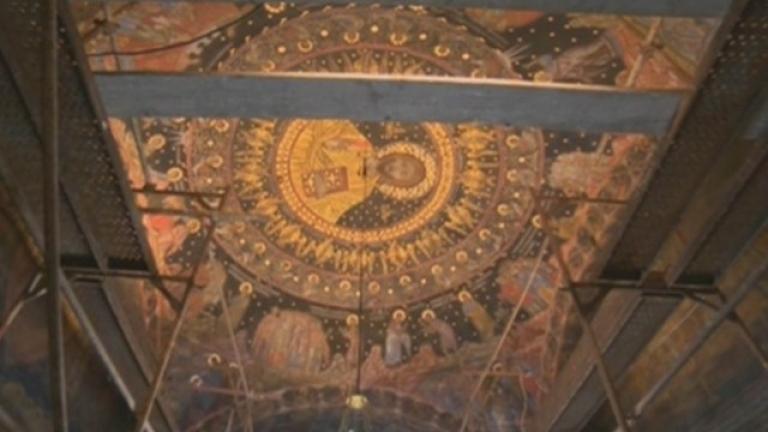 Бачковският манастир посрещна Възкресение Христово с реставрирани икони