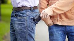 63-годишен македонец хванат в крачка да краде
