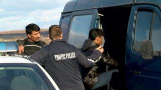 В Чехия хванаха 26 нелегални мигранти в български бус