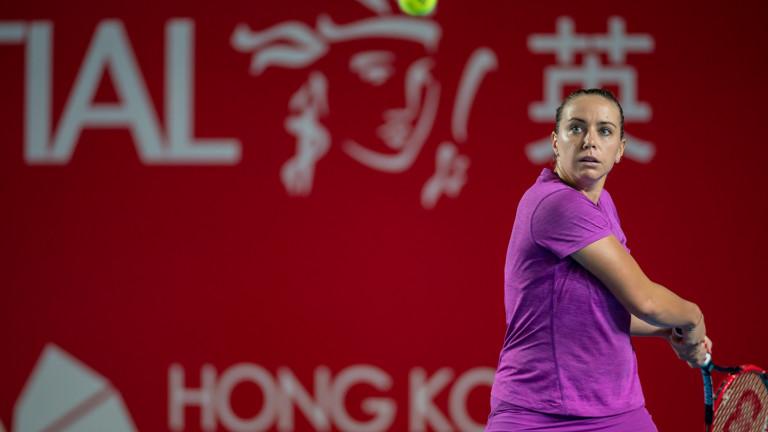 Виктория Томова загуби от австралийката Белинда Уулкок с 4-6, 6-3,