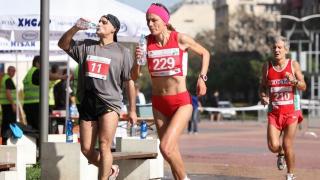 Милка Михайлова и Константин Василев са шампиони в планинското бягане