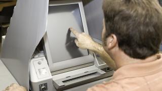 Михаил Константинов: Машинно гласуване във всички секции е нонсенс