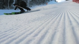 Чудесни условия за ски в Пампорово-Мечи чал въпреки сухата зима