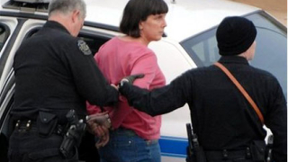 Учителка oткрила стрелбата в Алабама