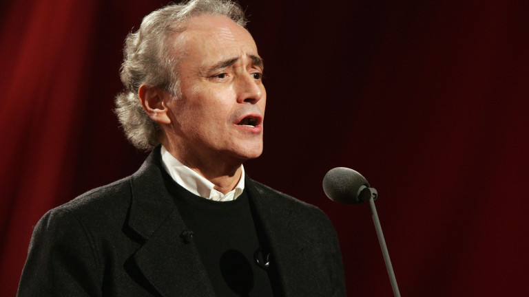 Испанският тенор Хосе Карерас трябваше да изнесе прощален концерт с