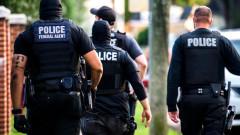 Трима убити при стрелба в училище в САЩ