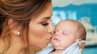 Ева Лонгория и бебето Сантяго