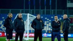 Петър Хубчев взима щаба си от националния отбор, ако приеме офертата на Левски