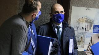 Само управляващите се притесняват от датата 4 април, според Цветанов