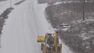 """Лед скова Северозапада, в Медковец обявиха бедствено положение; Въоръжени откраднаха 170 хил. лв. от банка в """"Люлин"""""""
