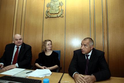 Съдят СОС за новите цени на билетите