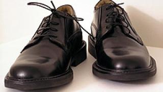 Италианците произвеждат повече обувки, и носят повече