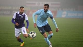 Бивш играч на ЦСКА остава за постоянно в Етър