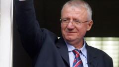 Трибуналът в Хага оправда сръбския краен националист Воислав Шешел