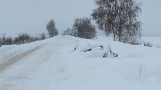 2-метрови преспи в Разградско, общини обявяват бедствено положение