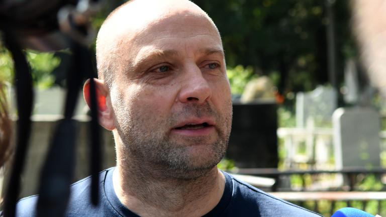 Тити Папазов: С вайкане в Левски няма да стане