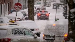 Сняг и студ предизвикаха транспортен хаос в Германия