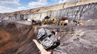 Една от най-големите компании в минната индустрия обръща гръб на... въглищата