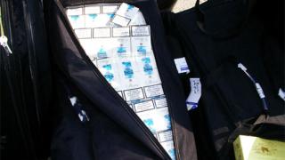 """Над 30 000 кутии цигари задържани на """"Дунав мост"""""""
