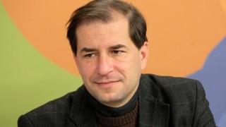 Борислав Цеков се оттегля от правния съвет към президента Румен Радев